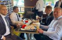 Зеленский во время визита на Днепропетровщину пообедал в McDonald's