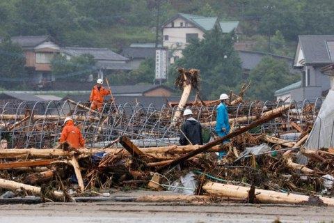 Наводнение в Японии унесло жизни почти 200 человек