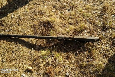 Пограничники Луганского отряда нашли в лесу пулемет