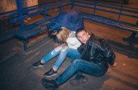 У Києві п'яна компанія пограбувала потерпілий у ДТП автомобіль і влаштувала бійку з поліцією