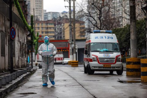 Китай змінив методологію підрахунку хворих на коронавірус, і їхня кількість за день зросла на 15 тисяч