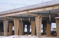 Во Львове девушка прыгнула с 10-метрового моста и осталась жива