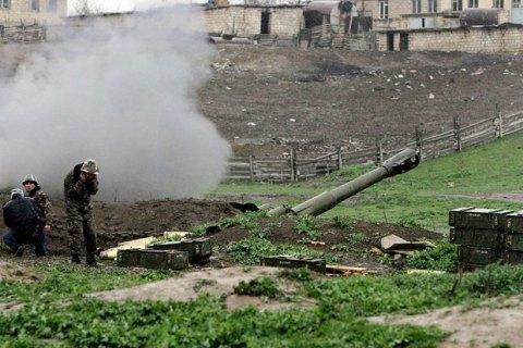 На кордоні Азербайджану та Вірменії поновилися бої