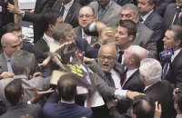 Депутаты парламента Бразилии подрались из-за решения по президенту