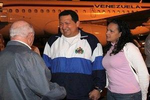 Уго Чавес повернувся з Куби живим, усупереч чуткам