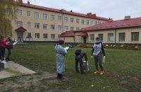 Движение ЧЕСНО опубликовало первые фото волонтеров опроса Зеленского