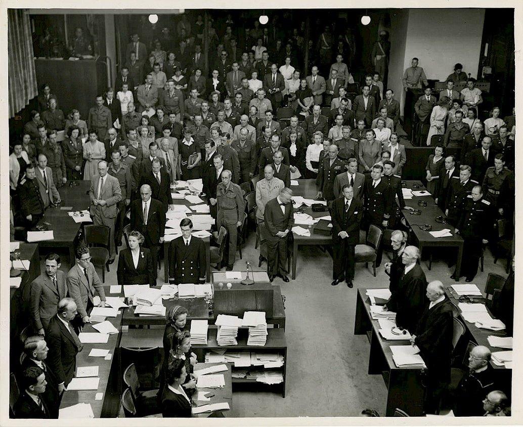 Встать, суд идет. Процесс Einsatzgruppen, Дворец Правосудия в Нюрнберге