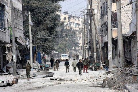 Червоний Хрест відновив евакуацію зі східної частини сирійського Алеппо