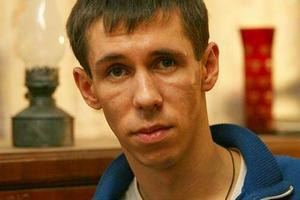 Скандальный актер Панин покинул Крым