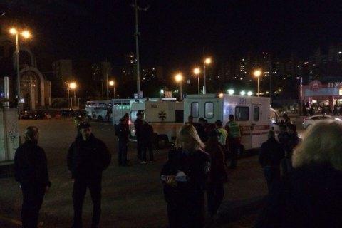 Женщина пострадала из-за взрыва у Южного вокзала в Киеве, нарушитель задержан