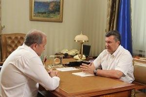 Могилев отчитался Януковичу о состоянии крымских пляжей