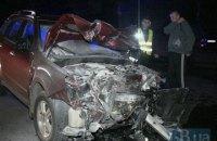 У лобовому зіткненні біля Лісового кладовища в Києві постраждало двоє людей