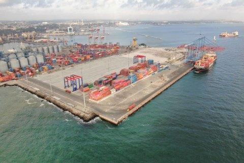 """""""Контейнерный терминал Одесса"""" завершил строительство 4-го пускового комплекса контейнерного терминала на Карантинном молу"""