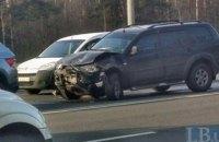 В Киеве в лобовом ДТП с внедорожником погиб водитель легковушки