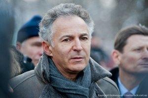 Французькому дипломатові відмовили в побаченні з Тимошенко