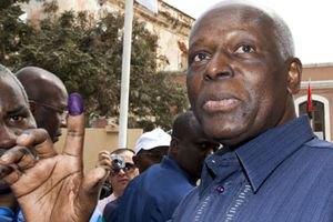 В Анголі обрали нового старого президента
