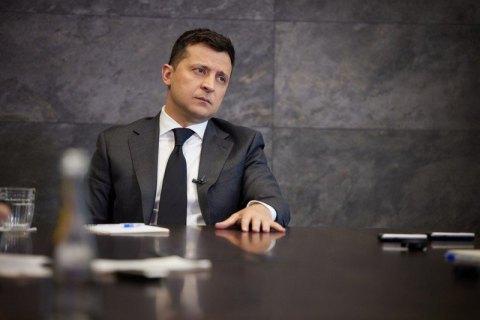 Зеленский подписал закон, упрощающий ввоз гуманитарных грузов в Украину