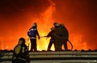 На фабриці під Одесою сталася масштабна пожежа