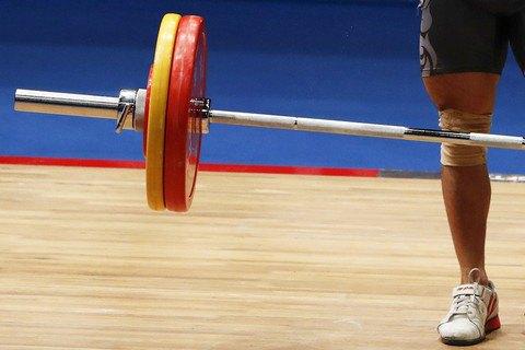 Сборную Украины по тяжелой атлетике отстранили от соревнований за допинг