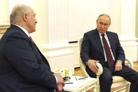 Білорусь розраховує, що Росія покриє її збитки від санкцій Заходу