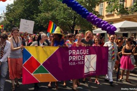 Мэр Праги возглавила многотысячный марш Prague Pride