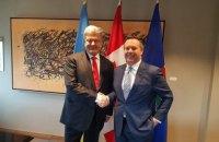 Порошенко зустрівся в Канаді з ініціатором українсько-канадських військових навчань