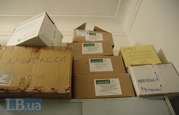 Лекарства добровольцам бесплатно предоставляют киевские фармзаводы