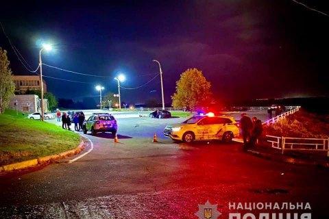 В Херсоне мужчина устроил стрельбу в парке, есть раненый