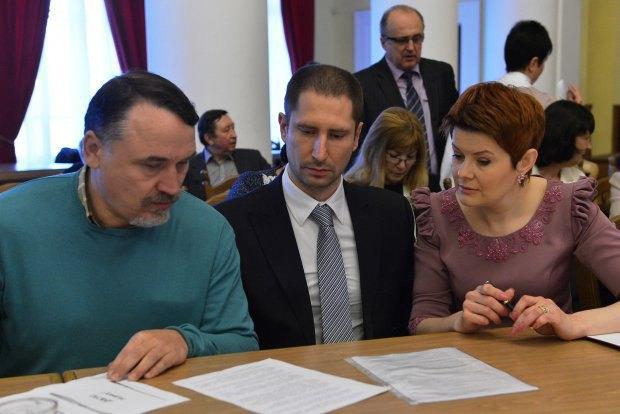 Голова Громадської ради при КМДА Марина Бурмака та заступники Голови - Віталій Капранов і Денис Силантьєв.