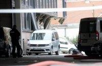 В Белграде возле телецентра произошел взрыв, погиб человек