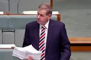 Австралийского спикера обвиняют в домогательствах