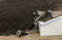 Рух по Керченському мосту перебуває під загрозою через сповзання ґрунту автодороги, - InformNapalm