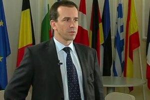 Украинцы могут рассчитывать на дальнейшее смягчение визового режима с ЕС, - пресс-атташе