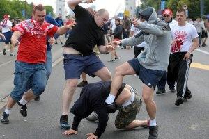 УЕФА оштрафовала Россию за поведение фанов