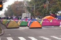 Противники президента Молдовы перекрыли центральный бульвар Кишинева