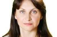 На Сумщине новоизбранный депутат вынуждена уехать за границу