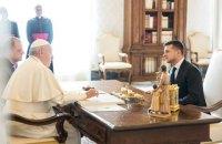 Зеленский попросил Папу Франциска помочь с освобождением пленных украинцев (обновлено)