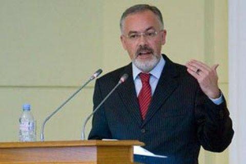 ЕС обнародовал решение об исключении Табачника и Арбузова из санкционного списка