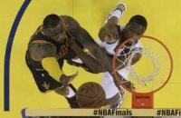 """4-й матч фіналу НБА: бенефіс Мозгова, конфуз ЛеБрона і тріумф """"Воїнів"""""""