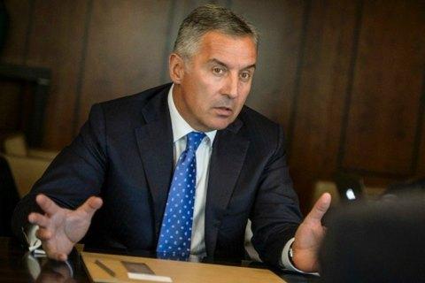Президент Чорногорії закликав закрити кордони і посилити карантин