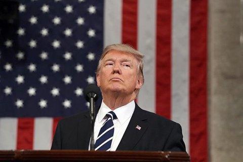 Трамп согласился отложить строительство стены на границе с Мексикой