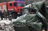Восьмерых военных госпитализировали из-за ДТП на Яворивском полигоне