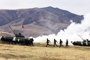 Узбекистан заборонив іноземні військові бази на своїй території