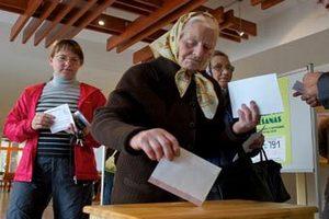 В Латвии возобновился сбор подписей за русский язык