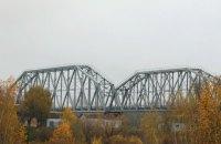 СБУ викрила розкрадання 450 тисяч на ремонті залізничного мосту через Десну