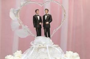Геи в Дании смогут венчаться в церкви