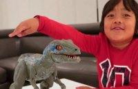 Найбільш високооплачуваним блогером на YouTube став 8-річний хлопчик