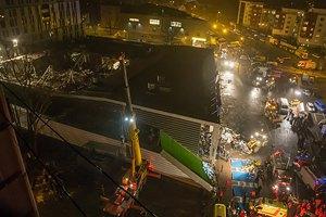 Число жертв обрушения ТЦ в Риге возросло до 43 человек