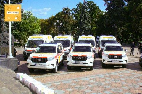 200 скорых от Фонда Рината Ахметова помогают в спасении жизней