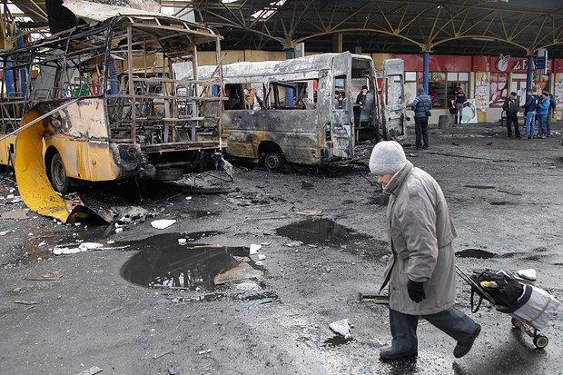 После обстрела в Донецке